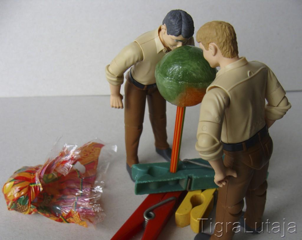 ося и киса и ананасовый чупа-чупс